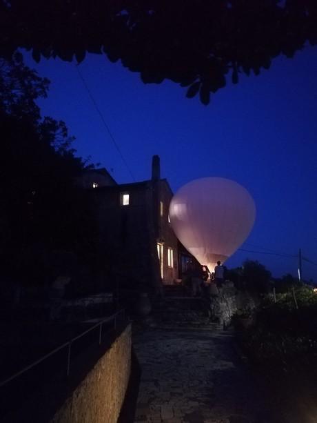 la mongolfiera di Denis Savary presso Casa Jorn