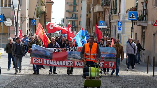 Bombardier e Piaggio, l'imbarazzante silenzio di Governo e Regione