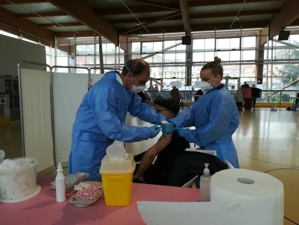 Vaccini: in Liguria iniziano i problemi