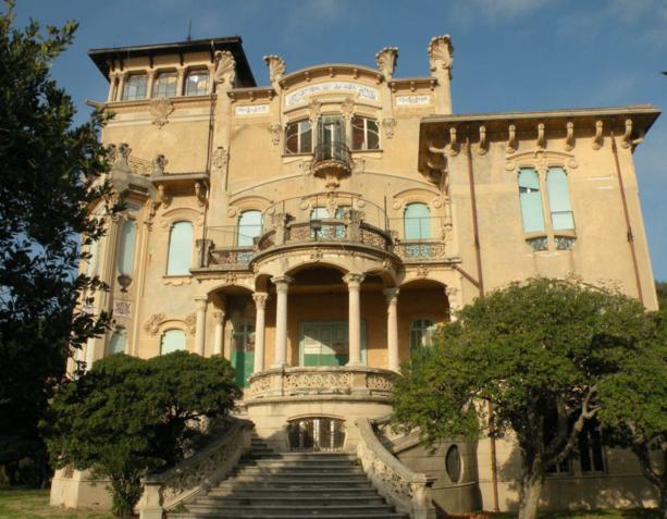 Villa Zanelli: la campagna elettorale a sbafo è vietata dalla legge